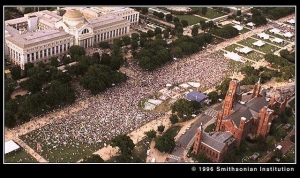 Crowd on National Mall in 1996