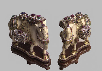 Jeweled Objects of Desire exhibition image